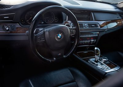 ALV BMW 750 I Sedan - Interior 1